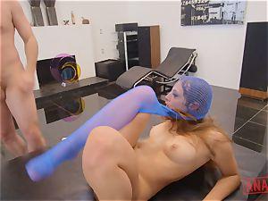 stunner Gia Gerza bootie jammed by James Deen