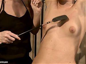 Kathia Nobili smacking a beauty stunner on the face