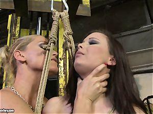 Kathia Nobili whip the tongue of beauty woman