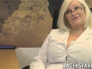 LACEYSTARR - GILF munches Pascal milky spunk after hook-up