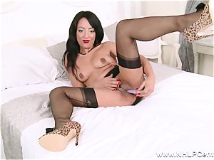 super hot dark-hued stunner strokes off playing in nylons girdle high-heeled shoes
