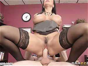 Lisa Ann - My big-boobed mature fucky-fucky therapist