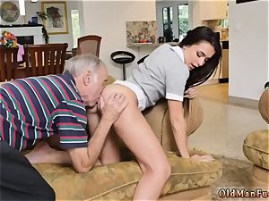 older cougar and lady fellating mans chisel riding the elder manmeat!