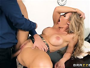 assistant Nicole Aniston penetrated in the pussyhole