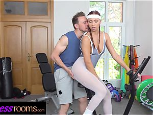 fitness rooms Morgan Rodriguez ripped stockings