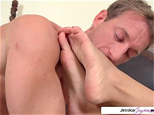 Jessica Jaymes is prepped and insane to get plowed by Ryan