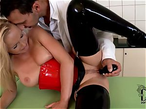 harsh ash-blonde in spandex dildoed by the doc