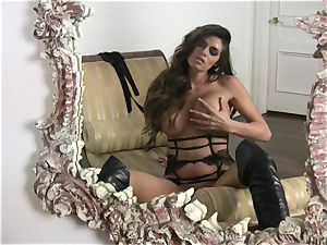 bubble arse Madelyn Marie stripping before her solo enjoyment