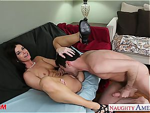 puny breasted mummy India Summers fuckin'