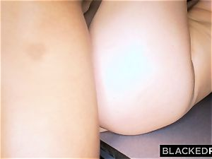 BLACKEDRAW wifey Lies To spouse To Hook Up with bbc