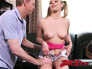ZTOD Dakota James needs a sugar parent to pack her vag