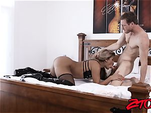 sub cougar Mercedes Carrera rammed with immense prick