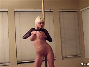 Nikita gives you a intimate erotic dance & a pov bj