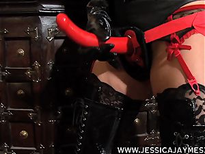 slut Jessica Jaymes and Taylor Wane the dominatrix