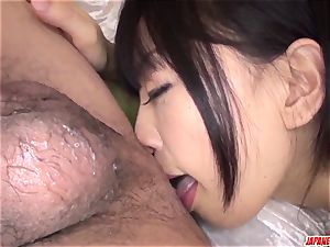 bodacious arse Yui Kyouno flashes off on webcam in finish point of view