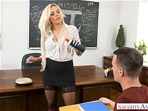 educator Nina Elle pulverized in the classroom