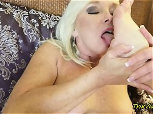 cougar masturbation and Toe inhaling ejaculations with Ms Paris