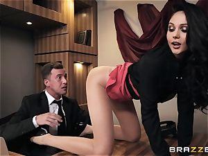Ariana Marie gets bum banged