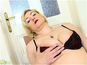 OldNannY gorgeous Mature Evi masturbation Showoff