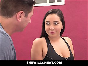 SheWillCheat cheating girlfriend Karlee Grey pounds Trainer
