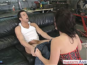 Jayden James opens broad to fit his giant manmeat inside her