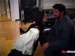 Gina Valentina Family Friendly plow Session