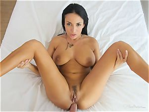 Milfy mother Anissa Kate pounded deep in her poon pie