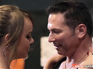 Alexis Adams cunt puckered in the boxing ring by humungous fuck-stick