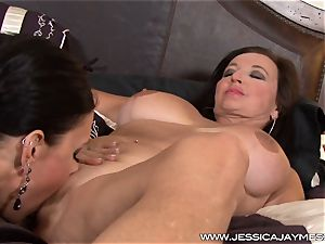 handsome Jessica Jaymes messes around with cougar Ciara Blue