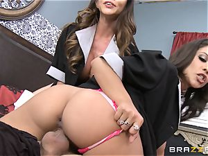 scorching maids Ariella Ferrera and Jynx labyrinth share a customer